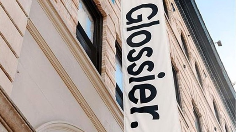 glossier-promo.jpg